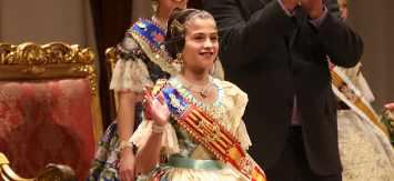 Carla García, reina infantil de las Fallas