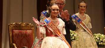 Consuelo Llobell, reina de las Fallas