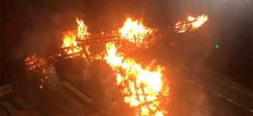 Un acto vandálico hace arder la Falla del Regne