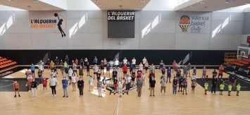 L'Alqueria del Basket recibió al mundo fallero
