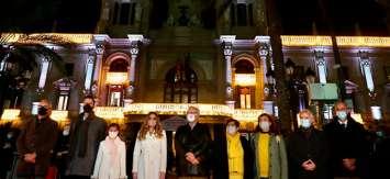 Valencia inauguró su iluminación de Navidad